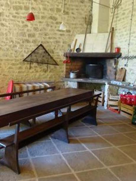 08-La-Grange-Du-Baralier-Table-Barbecue-DSC02645.jpg
